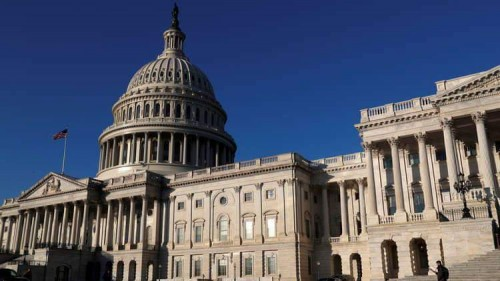 إعلامية تُطالب برد رسمي وشعبي على مجلس الشيوخ الأمريكي (تفاصيل)