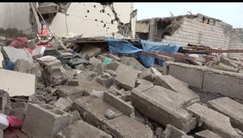 مليشيا الحوثي تقصف منازل المواطنين في الحديدة (فيديو)