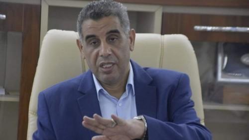 """""""القطراني"""" : لماذا يصمت المجلس الرئاسي عن تصرفات تركيا المشبوهة؟"""
