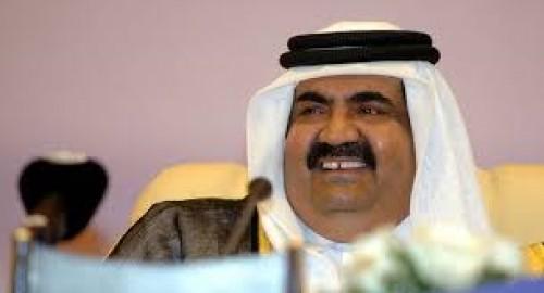 سياسي يُوجه صفعة مدوية لحمد بن خليفة
