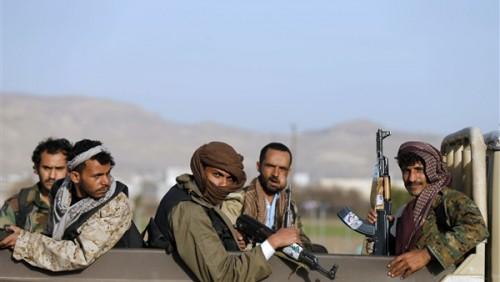 صحيفة إماراتية: المليشيا اختطفت 17 ضابطا بالحديدة ونقلتهم لصنعاء