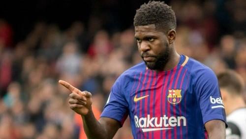 أومتيتي يعود لبرشلونة لفحص إصابته