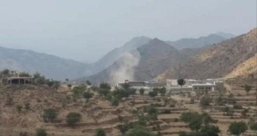 مليشيا الحوثي تقصف المناطق السكنية في القبيطة شمالي لحج