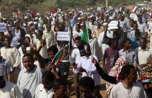 رفيدة ياسين تُوجه رسالة هامة لأقباط السودان