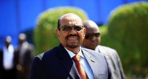 مُعارض سوداني يُطالب البشير بالتنحي (تفاصيل)