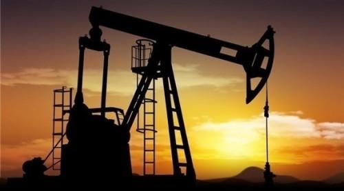 النفط يهبط 6% وسط مخاوف بشأن تباطؤ الاقتصاد