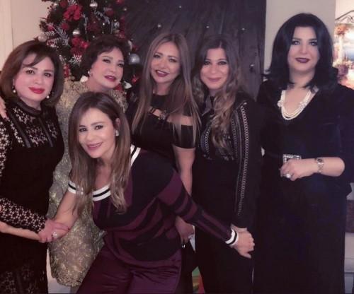"""هكذا احتفل نجوم العالم العربي بالكريسماس """"صور"""""""