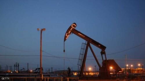 النفط يتعافى.. ويرتفع 8%
