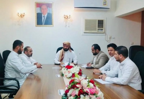 لقاءات تشاوريه مع وزارة الحج لترتيب موسم الحج مع فريق العمل