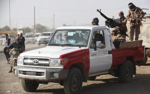 الجيش يحاصر مليشيا الحوثي في غرب وشرق تعز (تفاصيل)