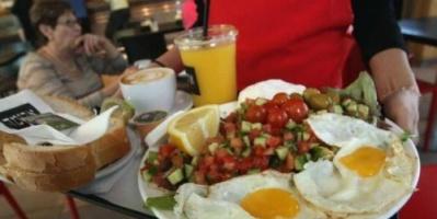 دراسة.. مرض مزمن يتربص بمن لا يتناولون وجبة الإفطار