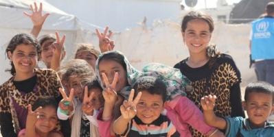 """"""" تحدي السنة الجديدة """" .. مبادرة من نشطاء تويتر لمساعدة اللاجئين"""