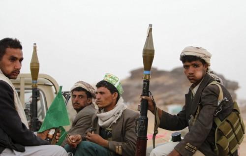 سياسي: أمنيتي في هذا العام أن يتحد الجميع ضد الحوثيين
