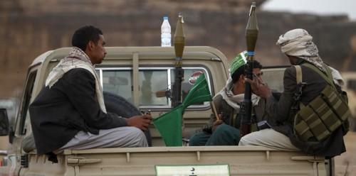 الحوثيون يدفعون بتعزيزات عسكرية إلى الحديدة (تفاصيل)