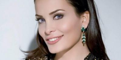 """اللبنانية دومنيك حوراني تتعرض لموقف محرج بحفلها الأخير """"فيديو"""""""