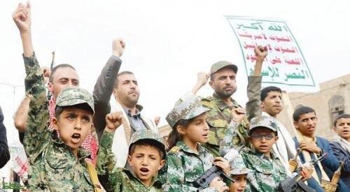 خالد بن سلمان: تجنيد الحوثيين للأطفال جريمة بشعة