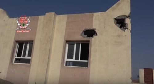 مليشيات الحوثي تقصف المساجد وآبار المياه في الحديدة (فيديو)