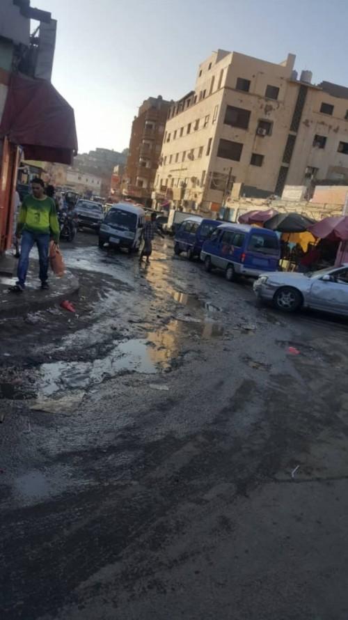 مواطنون بالتواهي: مياه الصرف الصحي تُغرق الشوارع (صورة)