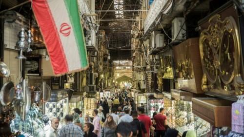إيران.. تقرير بحثي يتوقع تراجع الاقتصاد 5 % عام 2019