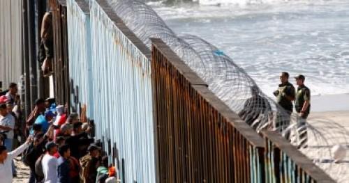 رغم الأغلاق الحكومي.. 15ألف مهاجرمكسيكي في طريقهم لأمريكا