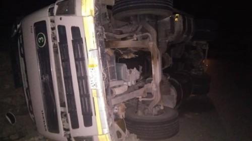 """النخبة الحضرمية: إنقاذ 7مصابين بعد حادثين مروريين """"صور"""""""