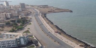 القديمي: مليشيا الحوثي تنتهي من تفخيخ شوارع الحديدة ومينائها