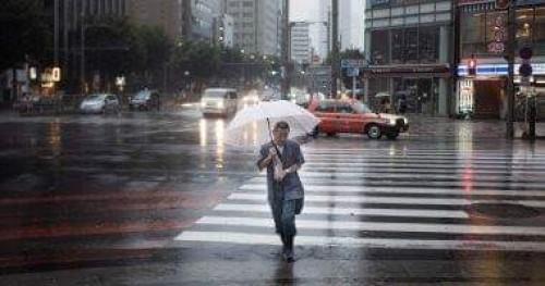 هطول الثلوج يتسبب في إلغاء الرحلات الجوية اليابانية