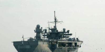 سفينة إنزال أمريكية تدخل البحر الأسود مرورا بمضيق البوسفور