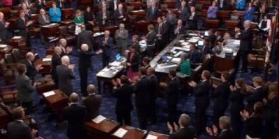 أمريكا.. الديموقراطيون يتقدمون بـ 4 مشاريع لإنهاء الإغلاق الحكومي