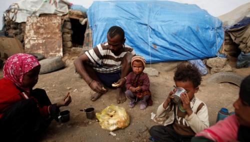 عشرات المنظمات الحوثية تنهب مساعدات اليمنيين (تفاصيل)