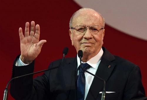 """""""السبسي"""" مرشحاً للانتخابات الرئاسية بتونس (تفاصيل)"""