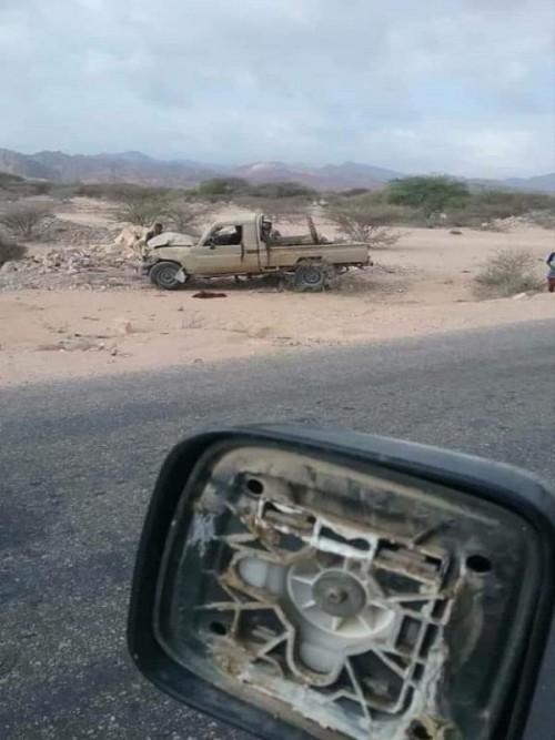 مسعفون: إصابة مدنيين جراء انفجار استهدف طقم للحزام الأمني بالمحفد
