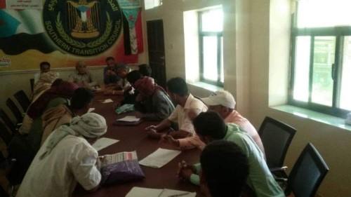 انتقالي الضالع يعقد اجتماعاً مع الهيئة التنفيذية لمديرية الأزارق