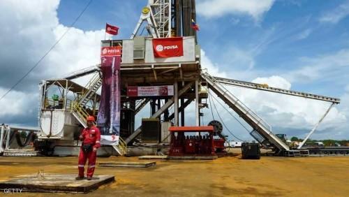 أسعار النفط تصل لأعلى مستوياتها خلال شهر وتقفز 5%