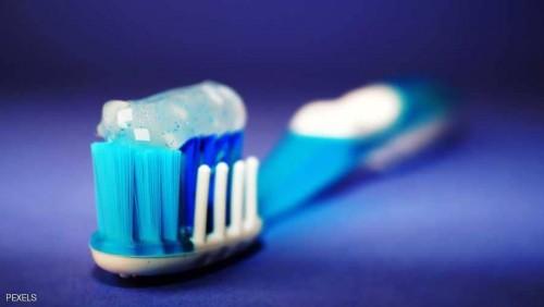 تعرف على علاقة تنظيف الأسنان بخصوبة الرجال