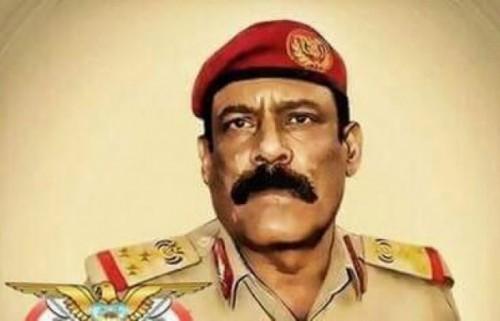 قيادي في الجيش بعد استهدافه بقاعدة العند: الحوثيون فشلوا (فيديو)