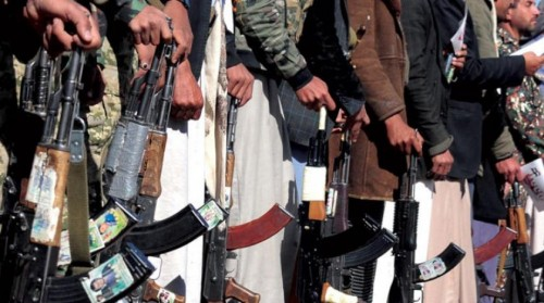 تفاصيل الاشتباكات بين الفصيلين الحوثيين في إب