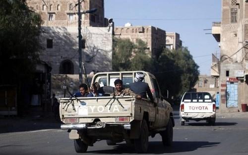 مليشيا الحوثي تختطف 5 ضباط من القوات الجوية بصنعاء لهذا السبب