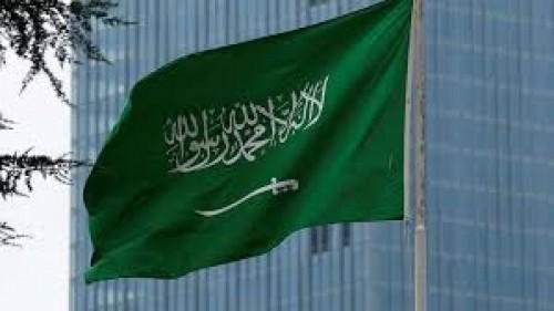 سياسي: الوقوف بجانب السعودية واجب وطني