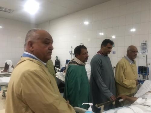لملس والوالي يزوران «الزنداني وطماح» ومصابي هجوم العند بمستشفيات عدن