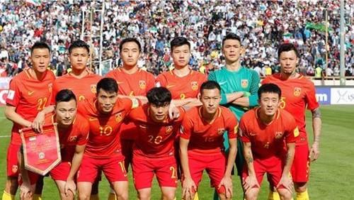 المنتخب الصيني يتأهل إلى دور الـ16 بعد فوزه على الفلبين 3-0
