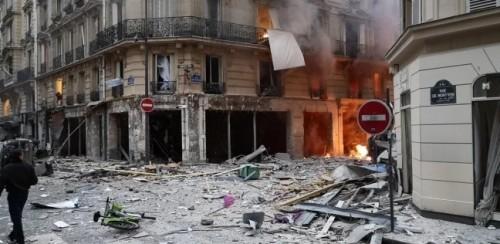 انفجار ضخم بالعاصمة الفرنسية باريس (صور)