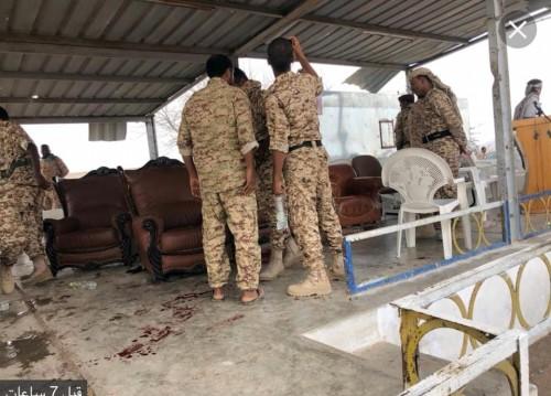 نقل قيادات عسكرية أصيبت في هجوم العند للعلاج بالرياض (أسماء)
