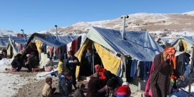 شاهد.. معاناة لاجئي سوريا في لبنان بسبب الطقس