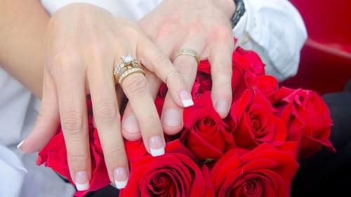 بعد الغلق الحكومي.. واشنطن تقر قانونًا طارئًا لمنح تراخيص الزواج