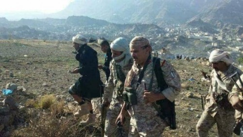 عملية نوعية للجيش شرق تعز تسفر عن مقتل  وإصابة 11 حوثياً بينهم قيادي بارز