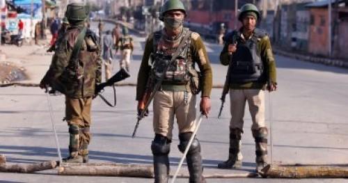 مقتل مسلحين في مواجهات عنيفة مع الشرطة الهندية بكشمير