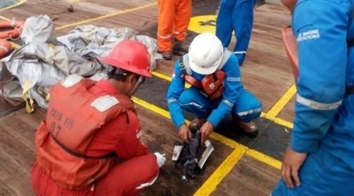 العثور على مسجل صوت قمرة قيادة الطائرة الإندونيسية المنكوبة