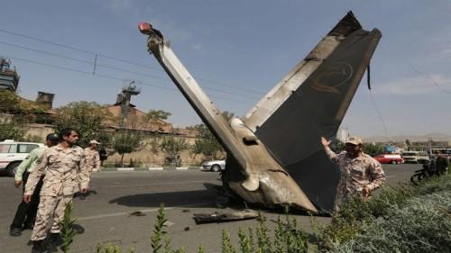 تحطم طائرة شحن إيرانية ومقتل جميع طاقمها (صور)