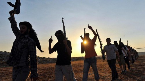 لانضمامهم لتنظيم داعش.. مصر تحيل 15 طالبًا إلى محكمة الجنايات